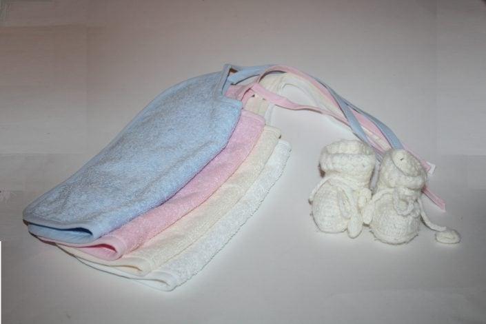 Badstof slabbetjes wit,ecru,licht roze, licht blauw